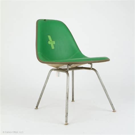 how to re upholster an eames fiberglass chair eames office
