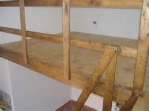 Soppalchi in legno con travi lamellari o massello