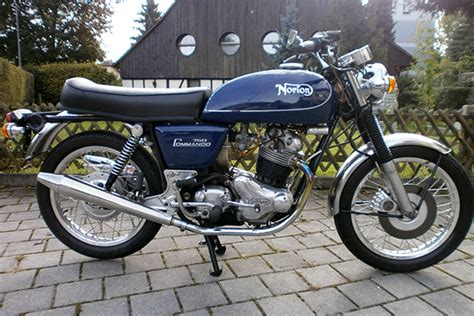 Norton Commando 750 Interstate