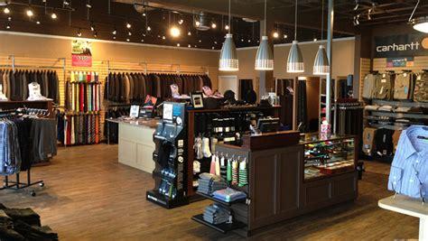 cbell river retailer factors lighting costs into