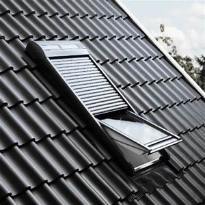 Volet Roulant Pour Velux : volet roulant lectrique ou nergie solaire pour fen tre ~ Dailycaller-alerts.com Idées de Décoration