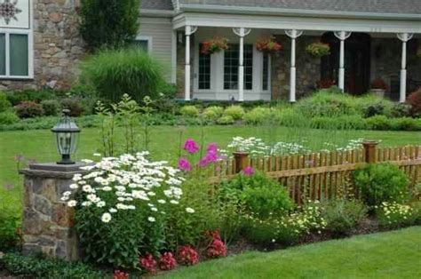 Fence Designs For Front Yards Ayanahouse