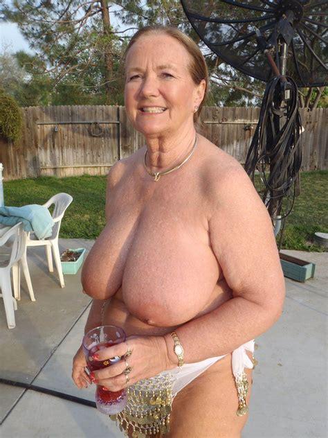 Mature Grandma Porn Photo Set