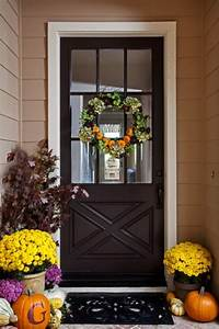 40 lovely thanksgiving porch decor ideas to add to