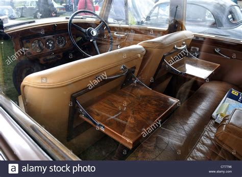 classic bentley interior classic bentley leather interior walnut picnic