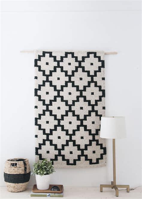 tendance accrochez vos tapis aux murs frenchy fancy