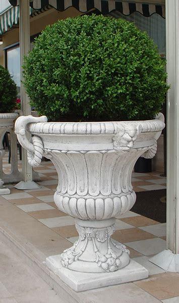 vasi in cemento da giardino terminali antivento per stufe a pellet
