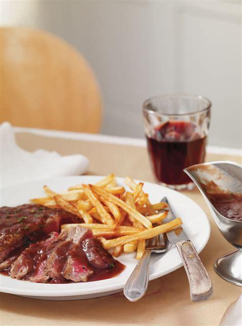 cuisine bordelaise entrecôte à la bordelaise rib steaks in wine