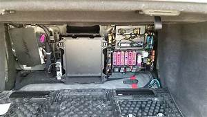 2016 Audi Q7 Fuse Box : location of the fuse box in audi a8 2012 youtube ~ A.2002-acura-tl-radio.info Haus und Dekorationen