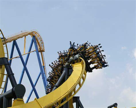 BATMAN™: The Ride | Six Flags Great Adventure