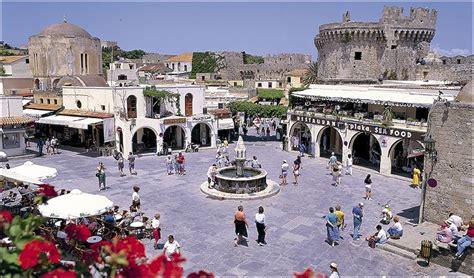 commerce bureau la ville médiévale de