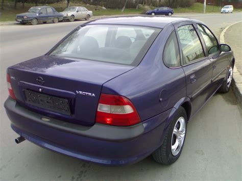 Opel Vectra B by 1996 Opel Vectra B Pictures Information And Specs