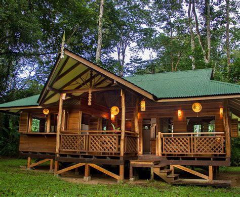 beautiful wooden houses   caribbean sea lantic