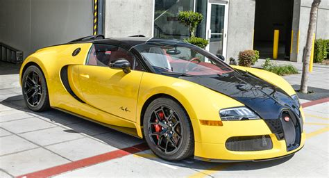 Bugatti Veyron Black And Yellow by Bugatti Veyron Grand Sport Puts On Its Bumblebee Suit In L A