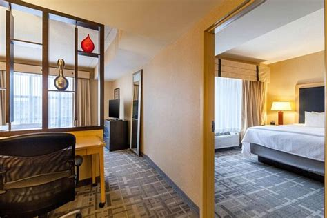 cambria hotel suites pittsburgh downtown