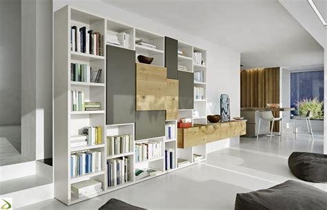 mobili librerie design parete libreria in legno di design donnie arredo design