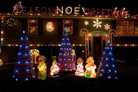 belles maisons avec decoration lumineuse exterieure noel