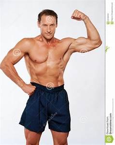 Image Homme Musclé : homme sportif de muscle en bref photo stock image du ge m le 25165918 ~ Medecine-chirurgie-esthetiques.com Avis de Voitures
