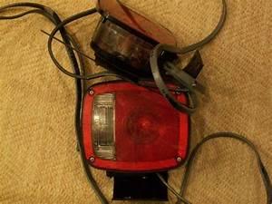 Find Set Of 2 Vintage Signal Stat 9070 Sae Stair 71
