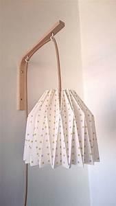 Lampe Chambre Fille : 1000 id es propos de lampe de chevet sur pinterest lampes chambre clairage de nuit et ~ Preciouscoupons.com Idées de Décoration