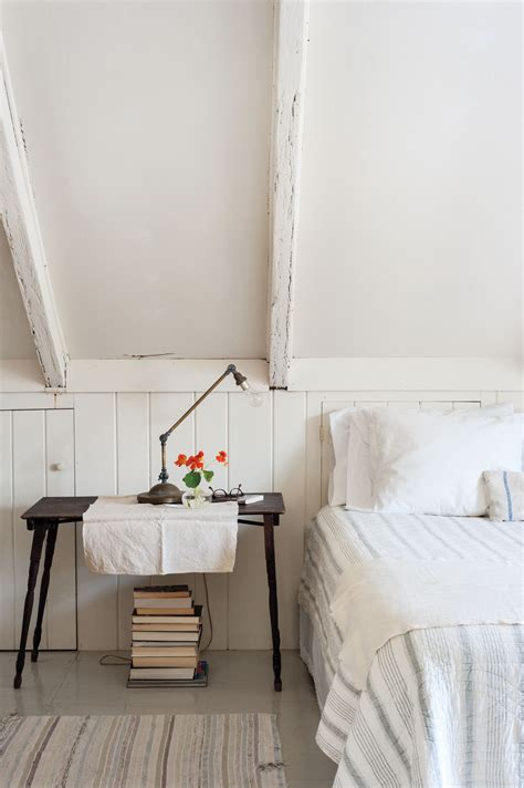 Justines Bedroom by Domestic Dispatches 7 Secrets For The Bed