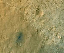 火星の空から見た「キュリオシティ」