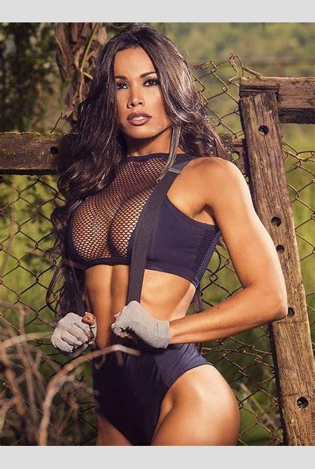 Fernanda D'Avila: Top 20 Pics and Videos