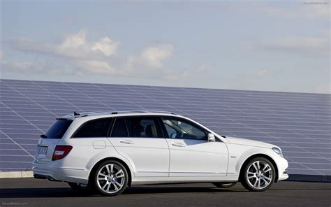 Mercedes C Class Estate Wallpapers by Mercedes C Class Estate 2011 Widescreen Car