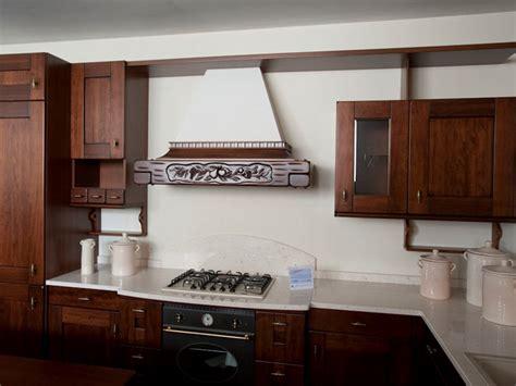 Cucine In Noce by Cucina Classica In Noce Arrex Scontata 59