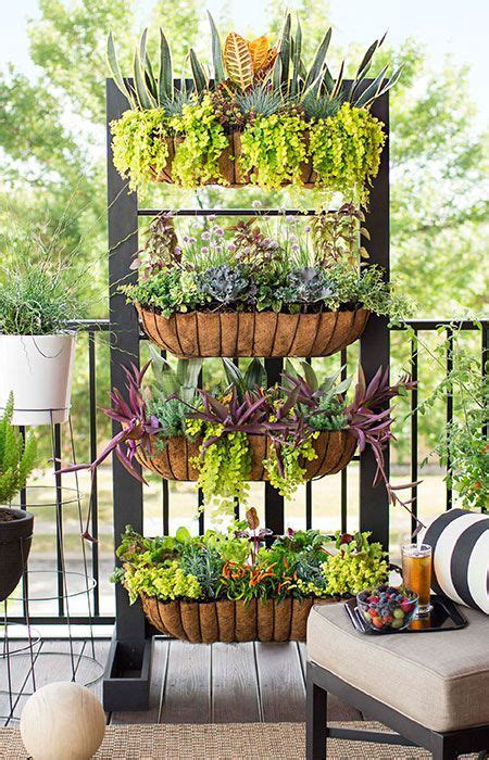 How To Make Vertical Garden Wall by Best 25 Diy Vertical Garden Ideas On Vertical