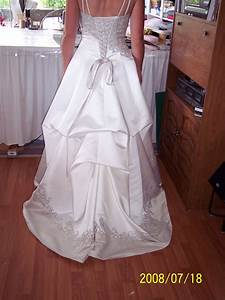 How much do wedding dress alterations cost at david s for Wedding dress alterations prices