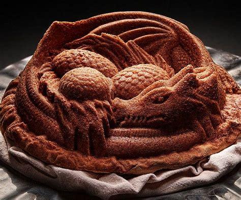 dragon cake pan   cool  dragon cakes cake
