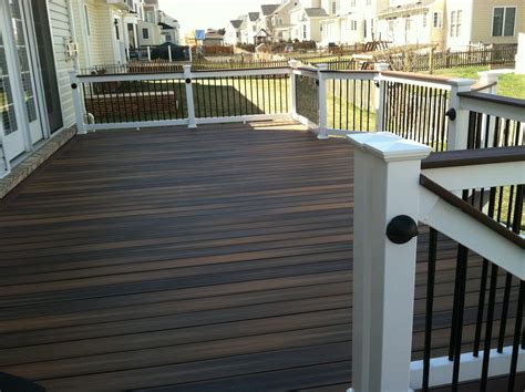 a fiberon deck with shoreline series 200 railings with