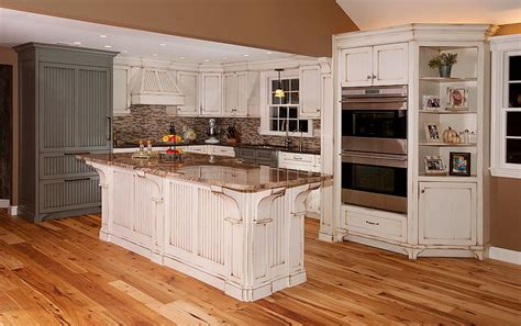How To Make Distressed Kitchen Cabinets