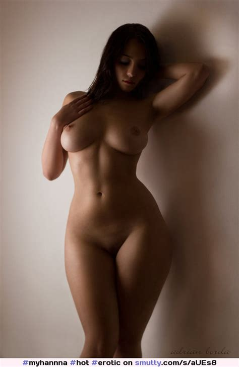 Hot Erotic Nude Pic Curves Curvy Hips Tits Legs