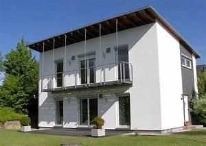 Eigenheim designer fertighaus mit pultdach flachdach for Fertighaus mit pultdach