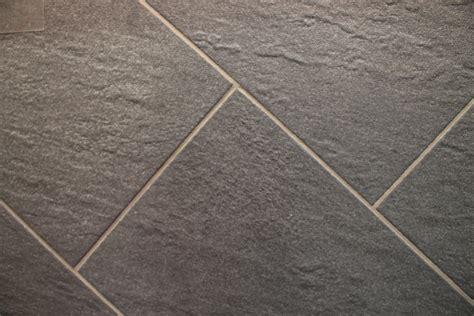 pavimenti di gres porcellanato pavimento esterno schiefer antracite 31x62x0 9 cm pei 4