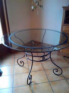 Table Verre Et Fer Forgé : table basse ronde fer forge verre clasf ~ Teatrodelosmanantiales.com Idées de Décoration