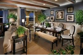 DECORACION INTERIORES Decorar Un Sal N Comedor R Stico Coordinated Living And Dining Combo Predominant Accent Color For The Walls In This Living Dining Space Kitchen And Dining Room Layout Ideas Modern Home Interior Design Pics