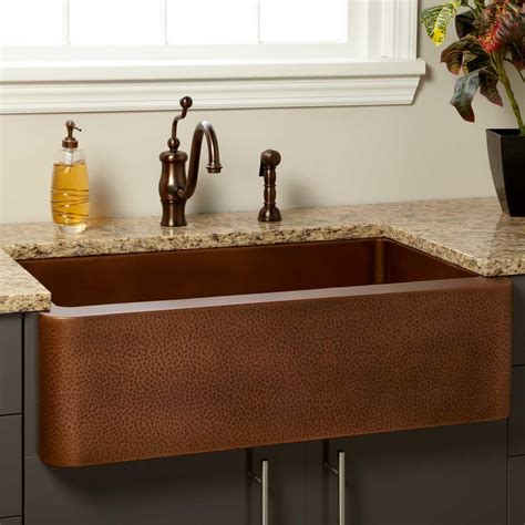 farmhouse sink copper 36 quot vernon hammered copper farmhouse sink kitchen