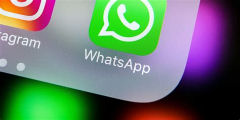 whatsapp security flaw can be triggered just by answering a call 9to5mac