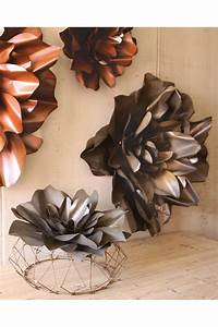 Raw metal flower wall hangings sculpture