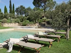 Chaise Longue Piscine : 6 id es d co autour d 39 une piscine joli place ~ Preciouscoupons.com Idées de Décoration