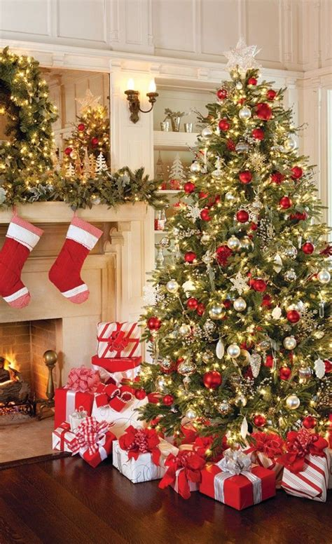 ideas for classic christmas tree decorations happy 25 best ideas about christmas on diy