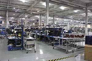 File:SpaceX factory.jpg - Wikimedia Commons