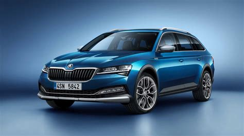 skoda superb scout revealed  pitched   suv