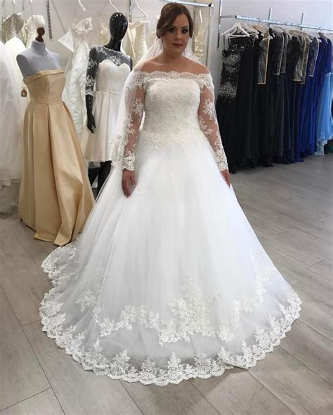 Plus Size Wedding Dresses Lace Long Sleeves Bridal Gowns