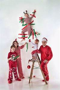 20 Fun and Creative Christmas Card Photo Ideas - Hative