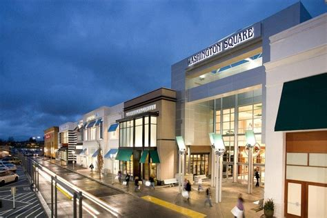 square washington mall portland shopping malls centers oregon retail tigard 10best village mall3 center outdoor downtown slideshow woodburn bridgeport outlets