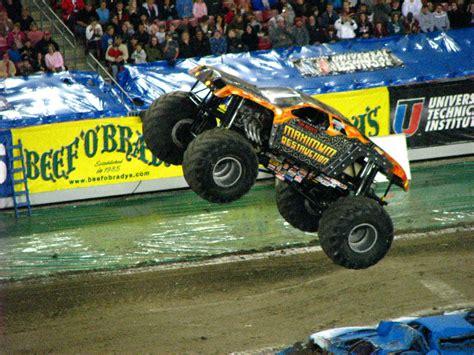 monster truck shows in florida monster jam raymond james stadium ta fl 208
